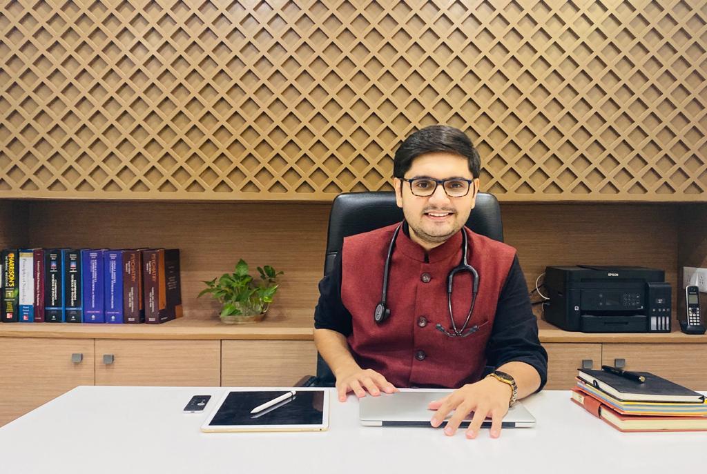 Dr. Samant Darshi